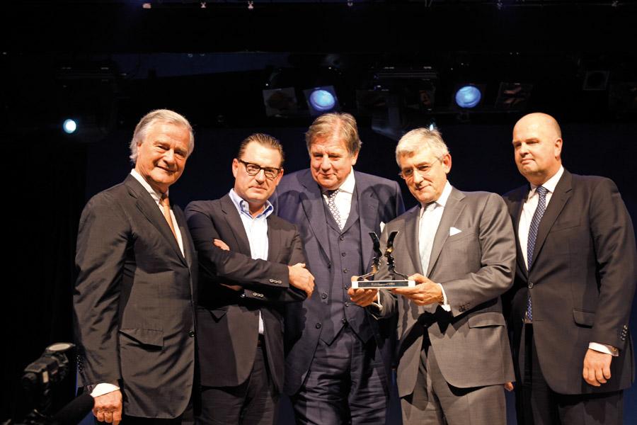 CvM_Award